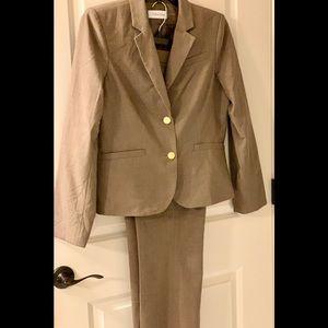 | Calvin Klein | Women's Like New Pants Suit | 12